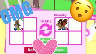 What people trade for a neon kangaroo!/ Very first video😯😍
